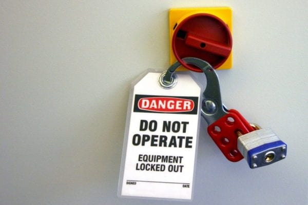 Reducing and Avoiding Risks of Operations | Manufacturers Insurance